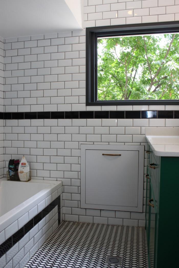 עיצוב חדר רחצה שחור לבן